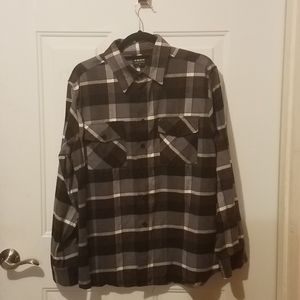 Yago medium flannel button-down